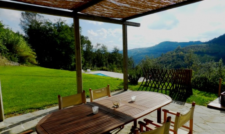Prestigiuos Stone House with amazing views on the hills of Langhe, UNESCO World Heritage