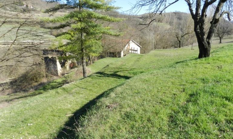 Affascinante Rustico sulle colline di Bistagno