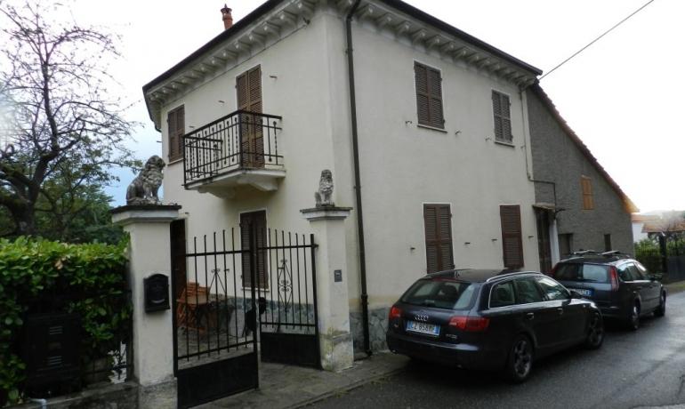 Casa indipendente in tranquilla borgata di collina sopra Acqui Terme