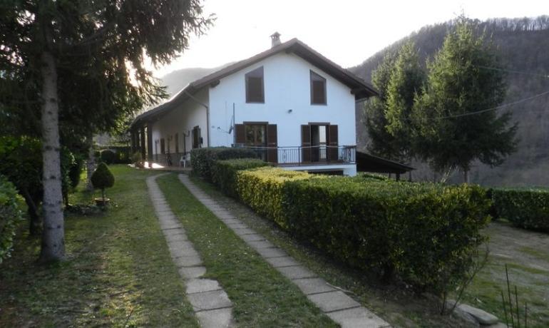 Azienda agricola nelle colline sopra a Monastero Bormida