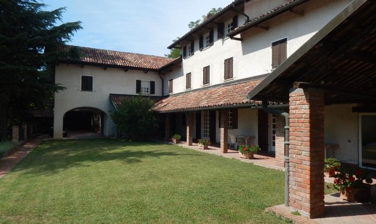 Prestigious villa among the UNESCO world heritage vineyards