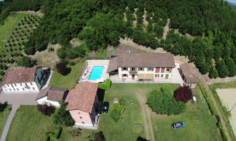 Prestigious country house in Monferrato, in the heart of the UNESCO world heritage